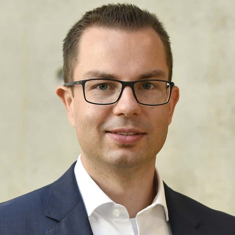 Dominik-Gerbing-Head-Research-mc-Asset-Allocation-allokatinsberatung-institutionelle-Anleger-Family-offices-fonds-Banken-Asset-Manager-meyer-cie-scaled-e1613573176668.jpg